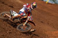 Pauls Jonass boekt sterke manchezege in GP MX2 in Indonesie