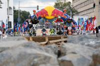 Billy Bolt wint de proloog van de Red Bull Romaniacs