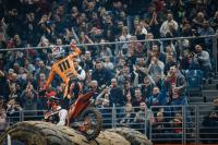 Zie hoe Taddy Blazusiak het WK superenduro in Polen won
