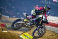 Bekijk de mooi bedachte openingshow bij de Supercross in Parijs