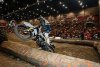 Zie hoe Billy Bolt het WK Superenduro in Hongarije won