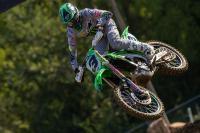 Bekijk de flinke crashes in de eerste manche MXGP in Faenza