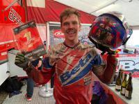 Steve Holcombe pakt Enduro GP titel nadat Brad Freeman zonder benzine komt, Damiaens wint World Cup