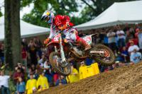 450MX: Ryan Dungey overtakes Justin Barcia for Moto 1 victory at RedBud