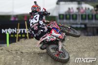 Tim Gajser dominates MXGP qualifying heat in Spain