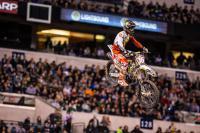 Zie hoe Tomac en Osborne de Supercross in Indianapolis