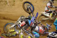 A broken arm en elbow for Shaun Simpson