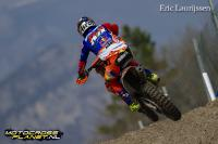 Jeffrey Herlings passeert Antonio Cairoli en pakt pole position in Portugal