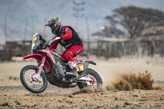 Brabec wint tiende etappe Dakar Rally, Spierings 25