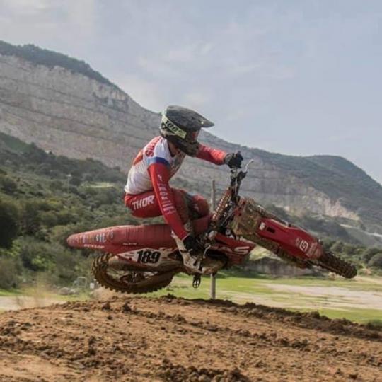 Film: Brian Bogers in training in Spanje