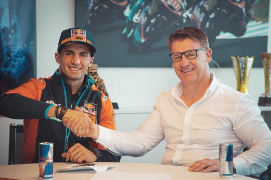 Kevin Benavides naar Red Bull Factory KTM Rally team
