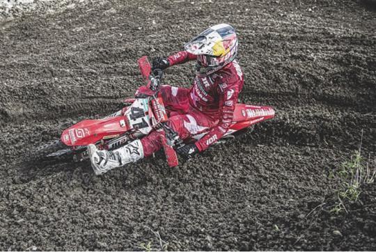 Pauls Jonass scoort top drie plaats in MXGP Rusland