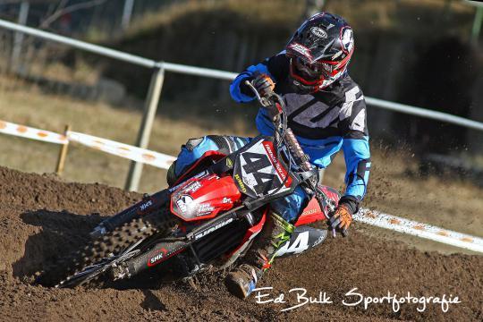 Diskwalificatie kost Micha Boy de Waal podiumplaats in ONK MX1 in Axel