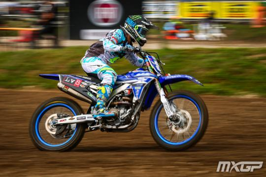 Kiara Fontanesi start in de Grand Prix MX2 in Valkenswaard