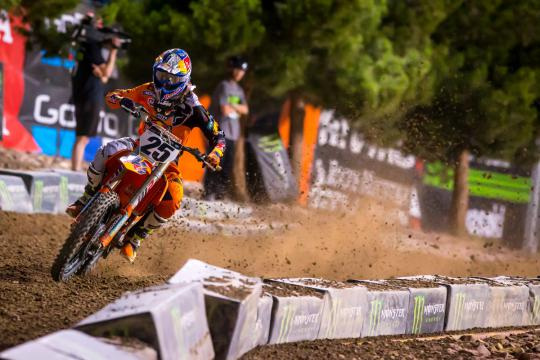 Movie: The most exciting onboard moments of the AMA Supercross Series