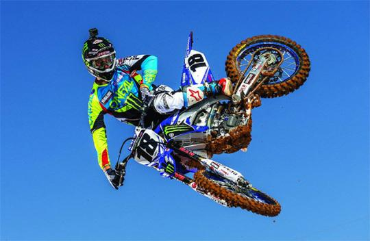 Fractured elbow for Davi Millsaps