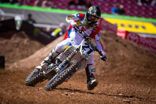 Movie: Jason Anderson wins second night Australian Supercross Open