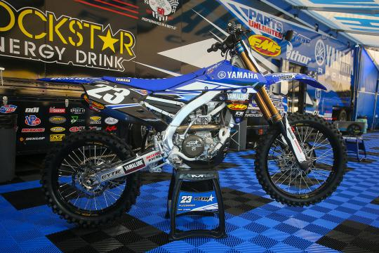 Monster Energy stapt in bij het Star Racing Yamaha team