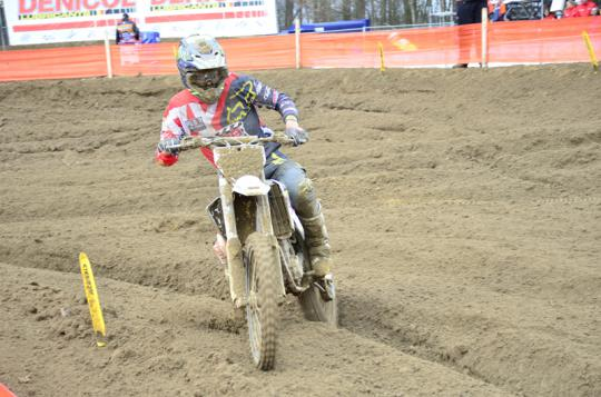 Hofstede MX team geeft alles in loodzware Dutch Masters in Markelo