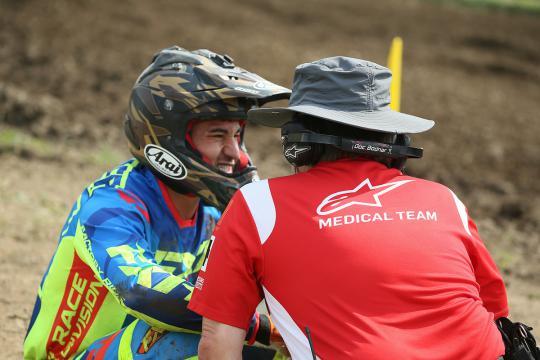 Zie de belangrijke taak van het Alpinestars Medical team bij de AMA Supercrossen