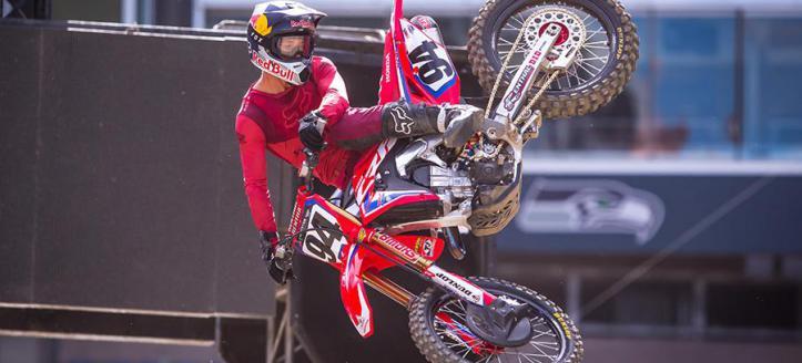 Ken Roczen heerst in eerste manche 450 AMA Pro Motocross Hangtown