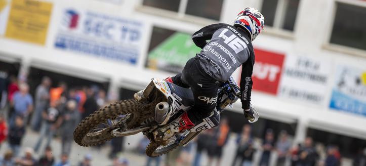 Geerts wint eerste manche MX2 in Frankrijk, Pootjes vijfde