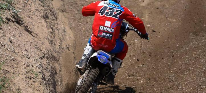 Ivano van Erp knokt zich na kleine valpartijen terug naar zesde plaats in Lichtenvoorde