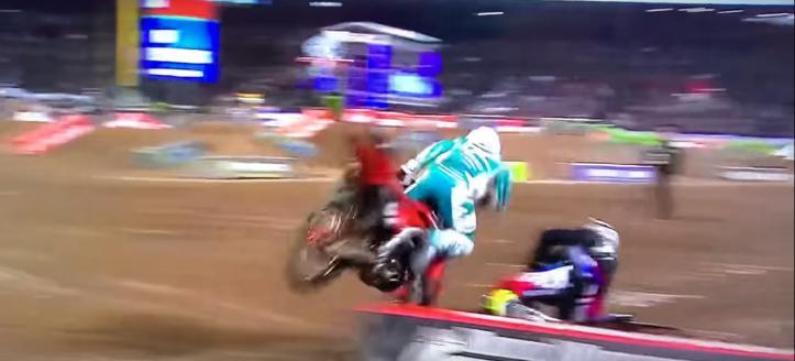 Film: Ferrandis torpedeert Craig in finale Anaheim 2