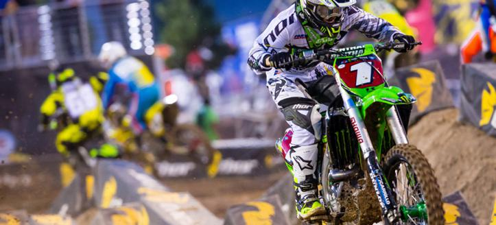 Movie: Ryan Villopoto returns to SX in 2016