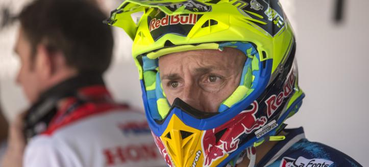 Pitchat with Antonio Cairoli at the GP of Spain