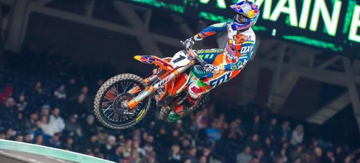 Dungey and Savatgy victorious in AMA Supercross in San Diego