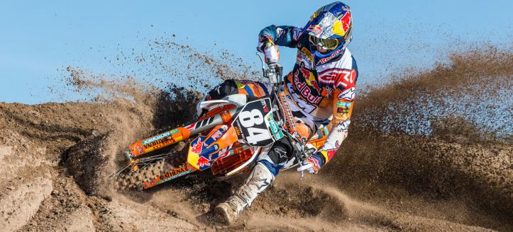 Herlings and Desalle winners of the first moto in Valence