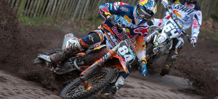 Herlings and Simpson the fastest riders in Valence on Saturday
