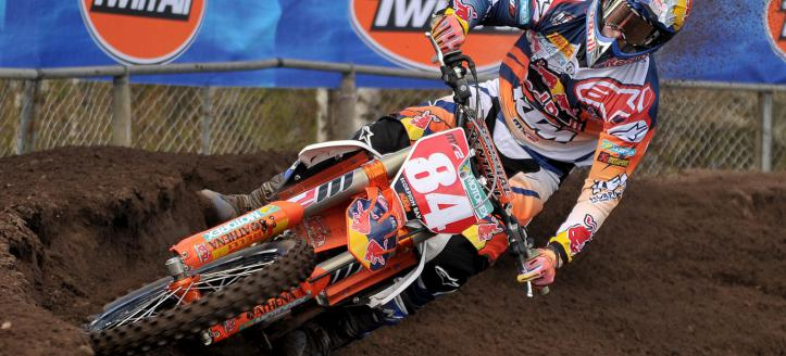 Jeffrey Herlings unstoppable in the MX2 Qualifying Heat in Latvia