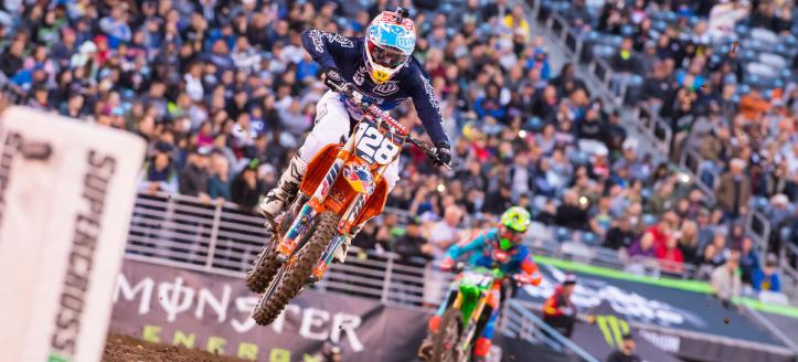 Onboard action with Seely, McElrath and Frye at the AMA Supercross in East Rutherford