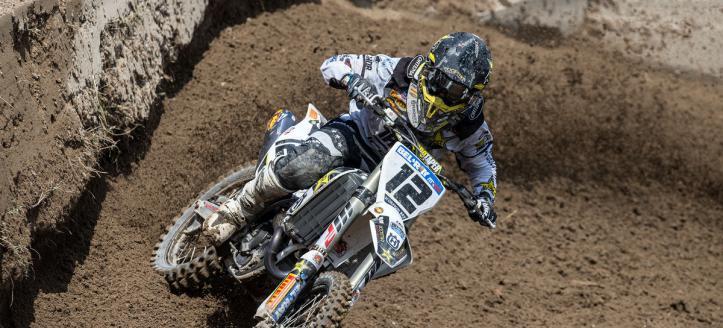 Max Nagl wins second moto MXGP in Loket after a crash of Gajser