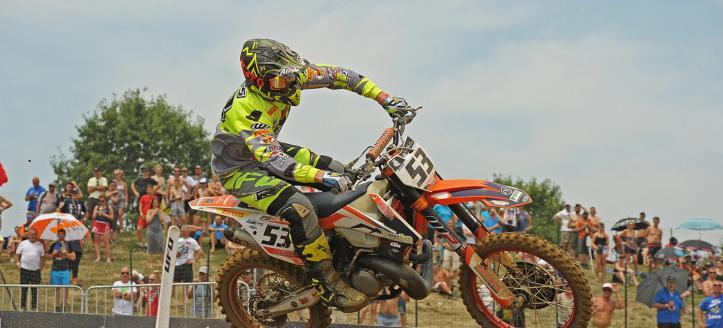 Brad Anderson wins second moto EMX300 in Ottobiano, Smets second