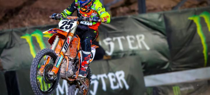 Marvin Musquin dominates first night supercross Paris