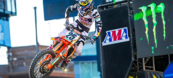 Movie: Musquin and Osborne winners of the AMA Supercross in Foxborough